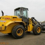 new-holland-w-130-b_02