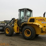 new-holland-w-130-b_04
